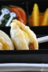 Sfoglia con asparagi, uovo di quaglia e pancetta per un Bento veloce