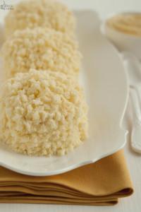 """Torta Mimosa alla vaniglia per """"A tavola"""" di Marzo"""