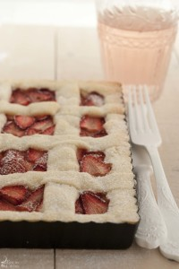 Crostata fragole e crema