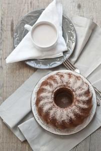 Ciambella alla vaniglia e cacao (senza lattosio)