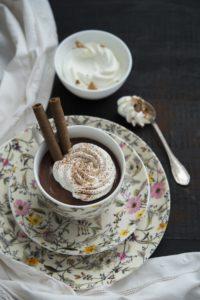 La cioccolata calda in tazza